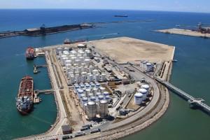 fotografia_aerea_grandes_infraestructuras_silos_en_puerto_1